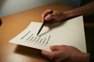 Your Quality of Standard checklist (c) manos
